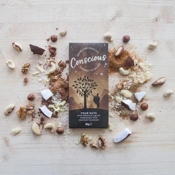 Сыроедческий шоколад с орехами Concsious